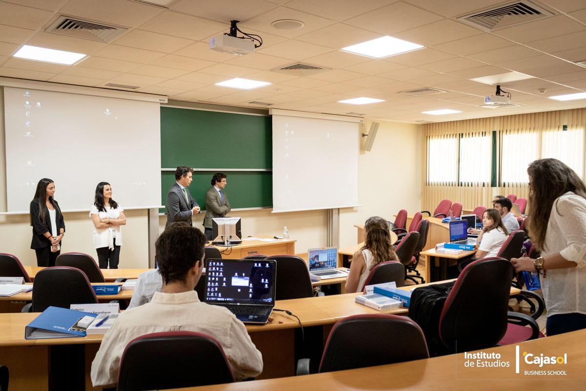 Masteres Escuela de Negocios en Sevilla Cajasol